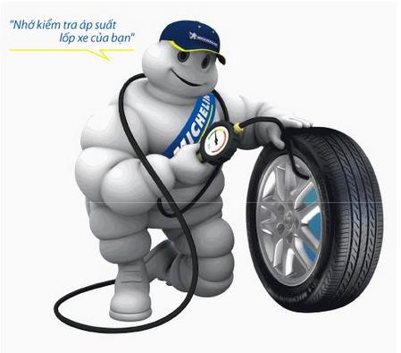 Mẹo tiết kiệm xăng cho ô tô giữ đúng áp suất lốp