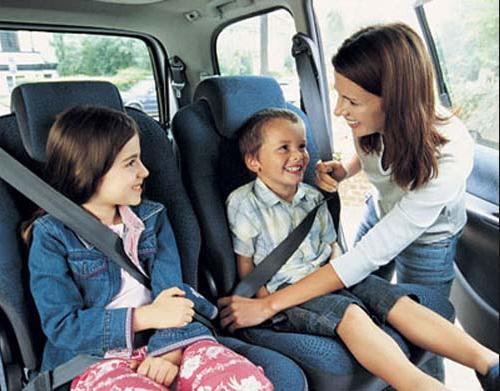 Tại sao bạn nên thắt dây an toàn trên xe ô tô